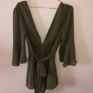 Never worn, romper, missing button